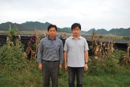 白井博隆氏と地元農家の方