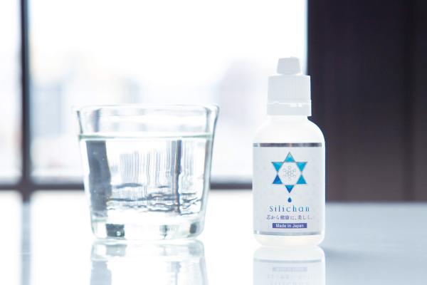 高濃度シリカ飲料水